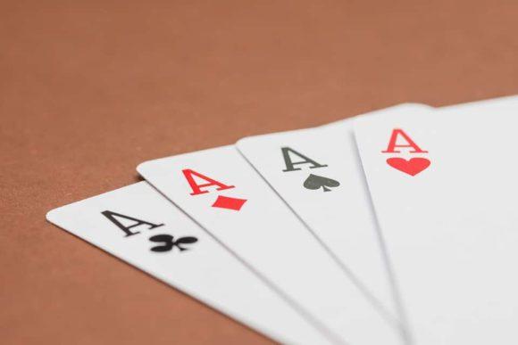 pokerspelare-doyle-brunson